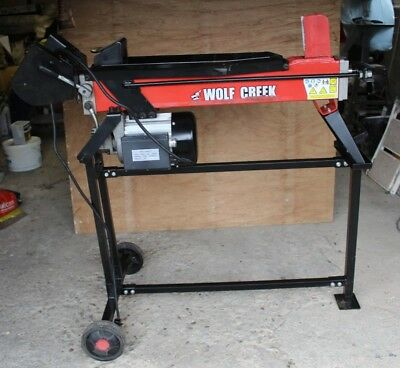 Wolf Creek Apache 7 Electric/Hydraulic Log Splitter with Stand. Good condition