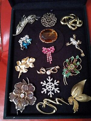 vintage brooches job lot very good condition. Antique vintage jewellery