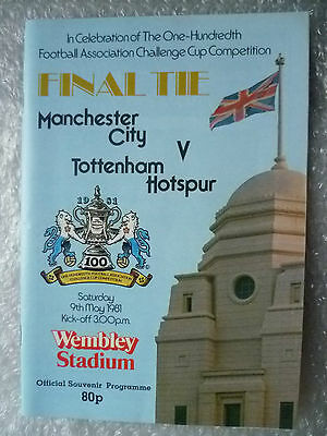 1982 FA Cup FINAL Programme Manchester City v Tottenham Hotspurs,9 May(Genuine*)