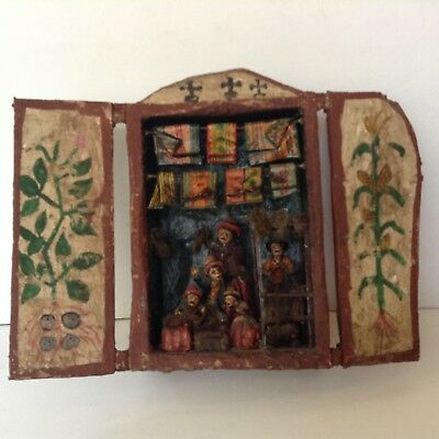 RARE & UNIQUE Hand Carved WOOD FOLK ART wood shadow box carpet makers shop