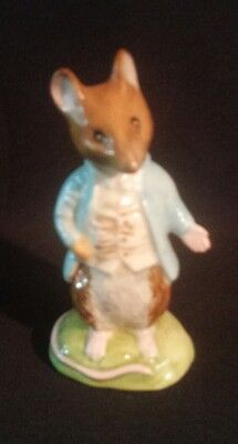 BESWICK England JOHNNY TOWN MOUSE Beatrix Potter Figurine