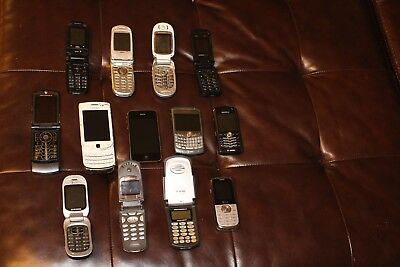 Lot of 13 Old VINTAGE Cell Phones Samsung Blackberry IPHONE 3 MOTOROLA SAMSUNG