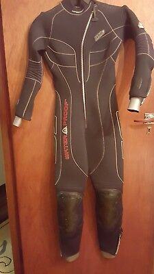 Waterproof W1 5mil womens wetsuit size medium (10)