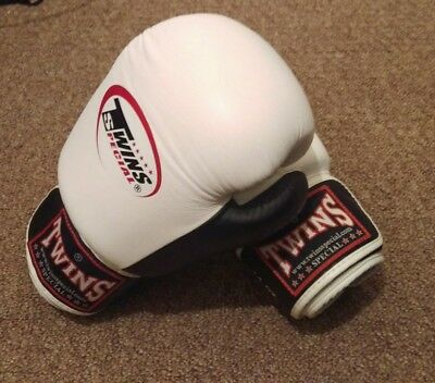 Twins special muay thai boxing gloves mma sparring 14oz white black