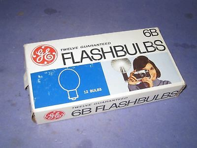 8 Vintage Camera Ge 6B Blue Flash Bulbs                            8U3