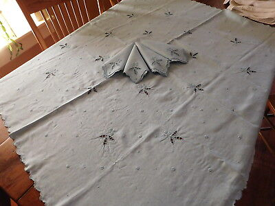 """2-2018-Pretty Light Blue Table Cloth And 4 Napkins-Embroidered-42""""-Lqqqkiee"""