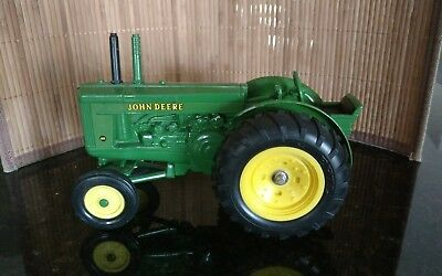 Ertle- John Deere Tractor #540. New Condition!  Take a LOOK!