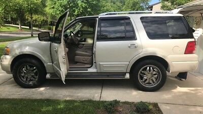 2006 Ford Expedition  2006 Expedition Limited Edition - New Engine