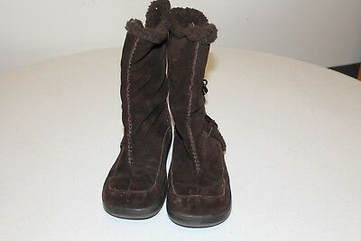 Women's brown suede Rocket Dog brand dress boots in good condition.