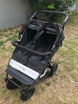 Mountain Buggy Duet with genuine double storm cover - Excellent Condition