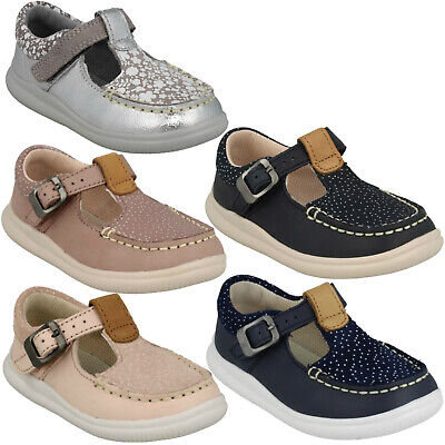 Girls Clarks Cloud Rosa Buckle Casual Cruisers First T Bar Shoes Infant Size