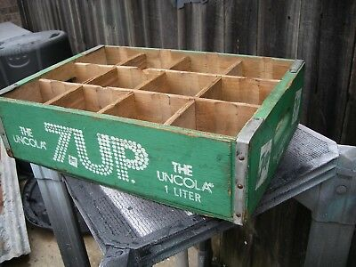 Vintage 7UP THE UNCOLA Green Wood Crate