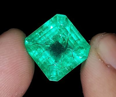 Tremendous 9.07 Ct Square Shape Certified Emerald Berill