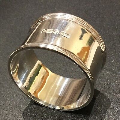 Solid Silver Napkin Ring by Walker & Hall 36g Hallmarked in Sheffield 1918
