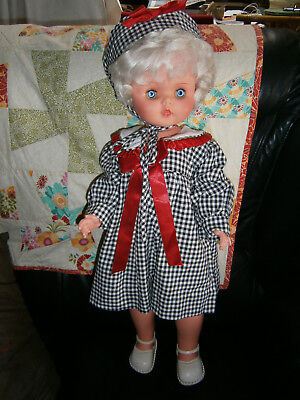 """26"""" (66Cm) Vintage Evergreen Doll - Excellent Condition New Maude Wilson Outfit"""