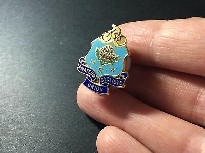 New South Wales NSW Amateur Cyclists Union Vintage Pin Badge #39