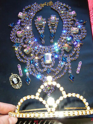 Huge Vintage Signed Antique  Rhinestones Lot Of Jewerly Mix Glass  B540