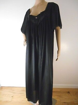 1X Vtg Black Nylon Nightgown Flutter sleeve Embroidered Lace Rose Plus Lingerie