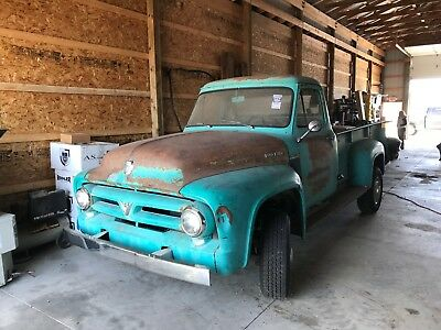 1953 Ford F-350  1953 Ford F-350