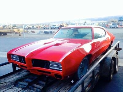 1969 Pontiac GTO  1969 Pontiac GTO with clean chassis, matching numbers STUNNING