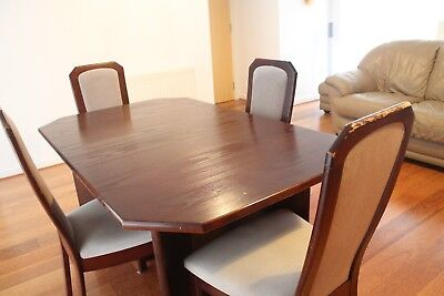 MEREDEW, Mahogany coloured Dining Table w/ 4 Dining Chairs
