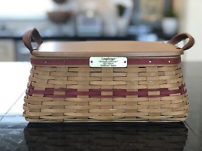 2002 Longaberger Christmas Collection Traditions Basket w/Red Weaving Set