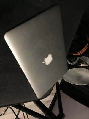 """Apple MacBook Air 11"""" Early-Mid 2011, 1.4GHz RAM, 128GB SSD, FOR PARTS"""
