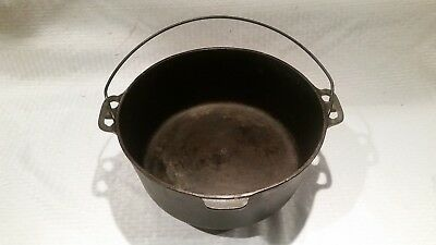Griswold Erie Cast Iron Vintage No. 10 Dutch Oven w/ legs Tite Top Pot PN 180