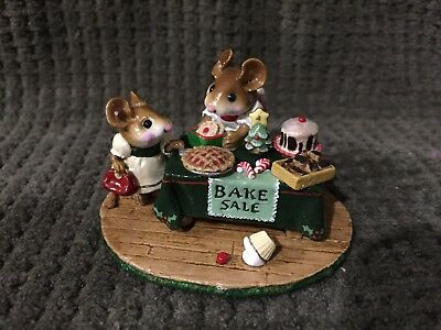 Wee Forest Folk M-220 Mousey's Bake Sale Christmas Limited