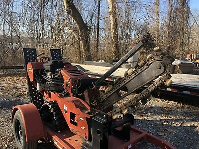 2013 Ditch Witch RT16 5ft Bar Trencher With Trailer