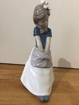 Lladro Nao Figurine - Girl Sitting With Hands In Apron - Fine Order