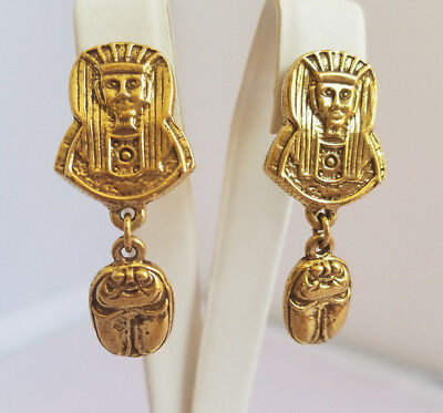 Vintage Gold Tone Pharaoh Scarab Clip on Dangle Drop Earrings Egyptian 1960s
