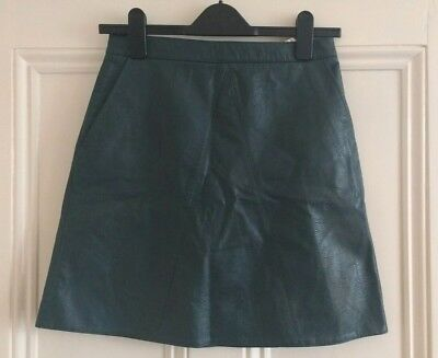 acdc5a47 ZARA BASIC - Dark Green Faux Leather A-Line Fitted Mini Skirt - Size Small
