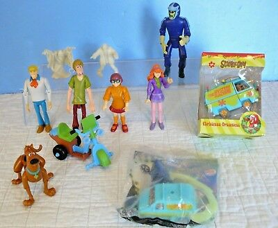 SCOOBY-DOO! Lot Mystery Machine CHRISTMAS ORNAMENT, BK Toy, 8 FIGURES 2005