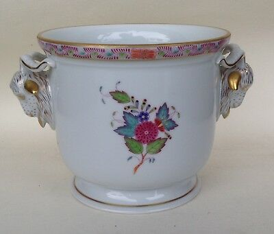HEREND HUNGARY APPONYI FLEUR PORCELAIN CACHEPOT WITH RAM'S HANDLES 12.2 cm #7284