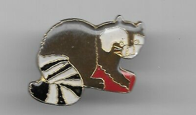 Vintage Raccoon old enamel pin