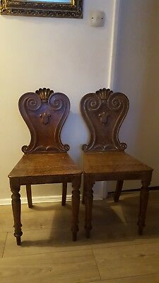 2 Stylish Ornate Antique Shield Back Victorian Oak Hall Side Occasional Chairs