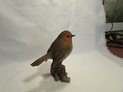 """Life Size English Robin Figurine Sitting On Branch Resin Mint 5.1/2"""" Tall"""
