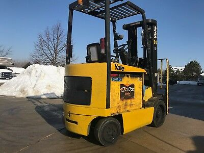 2001 Yale 5000 Pound Forklift-WE WILL SHIP-Budget/Nice machine for the $