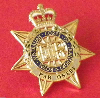 Royal Australian Corps Of Transport Ract Lapel Badge Enamel And Gold Plated 25Mm