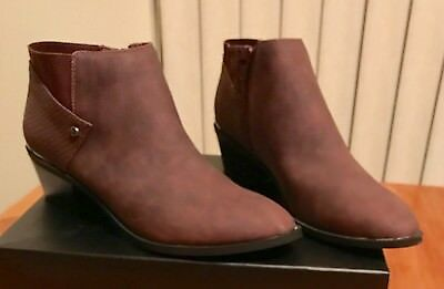 8ecb10c66cb New in Box Simply Vera Wang Vienna Wine Ankle Boots Bootie - Women s Size 8