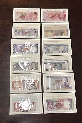 Specimen Banknotes From Around the World - Franklin Mint -12 Countries- 62 Notes