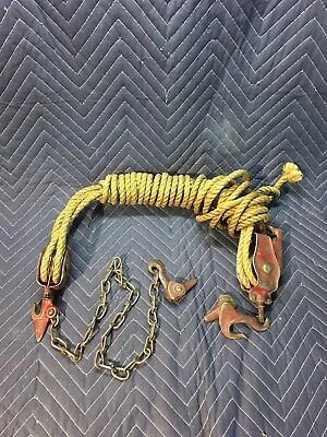 Vintage Block & Tackle Rope Hoist Pulley Farm Tool Barbed Wire Fence Stretcher