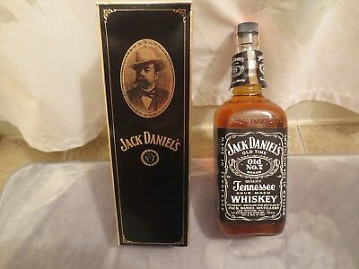 Jack Daniel's Tennessee Whiskey 1970s 90 Proof One Liter.