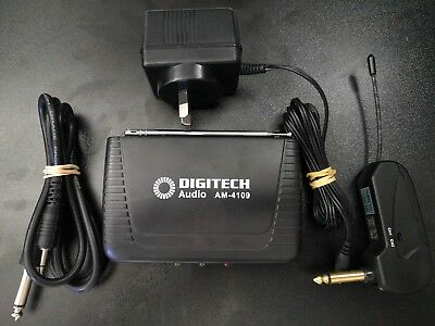 UHF Wireless Guitar Transmitter and Receiver AM4109