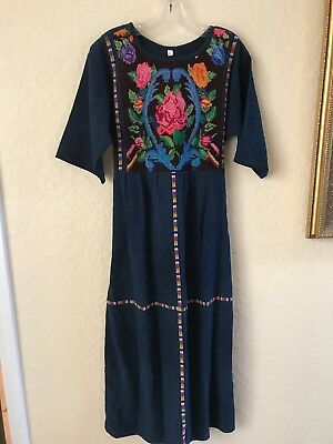 "VINTAGE-Guatemalan Dress-Dark Blue/Short Sleeves-Tag says ""M"""