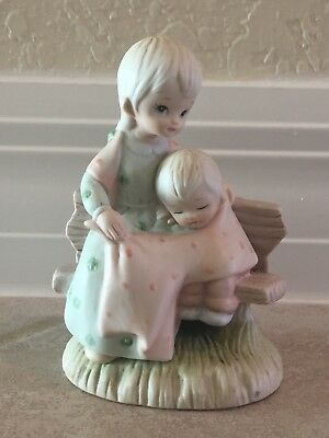 1982 LEFTON FIGURINE, MOTHERS LOVE ADDS SWEETNESS TO LIFE Christopher Collection