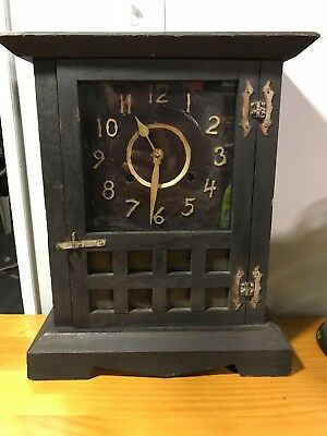 New Haven mission oak Arts and Crafts Clock