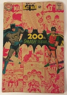 BATMAN 200th Smash Issue  (MAR. 1968, DC) 12 cents #200 Comic Book