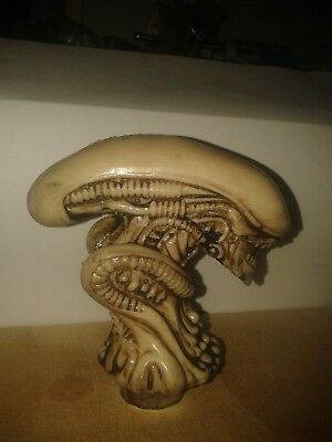 ALIEN/WALKING STICK HANDLE/cane/ALIEN/PREDATOR